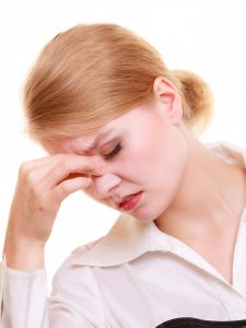 fot. Ból głowy, domowe sposoby czy tabletka?